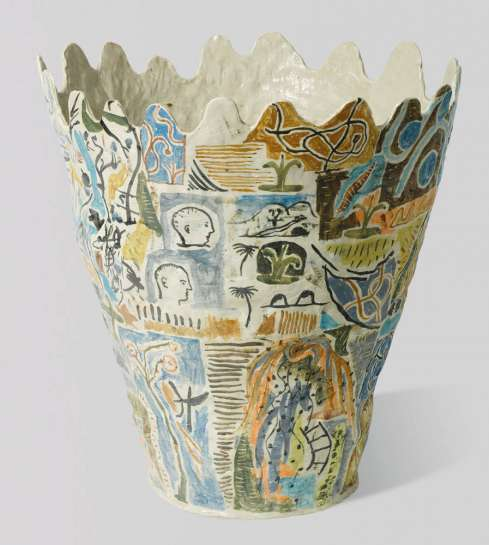 Large Vase (2) by STEPHEN BENWELL
